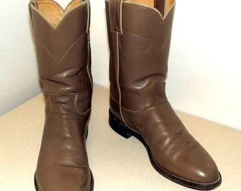 Justin brand Roper style cowboy boots size 8.5 D or cowgirl size 10 to 10.5