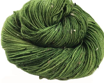 "Donegal tweed yarn, hand dyed, fingering weight, 438 yds, 2 ply, green, ""Macha"",  BFL and nylon blend"