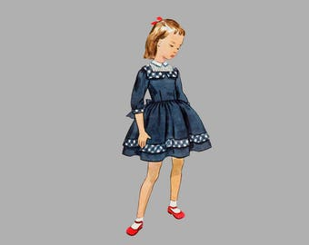 1950s Girls dress Simplicity 3667 Size 6, One piece dress Tucked yoke Ribbon trim Peter Pan collar three quarter sleeves Complete/Classic