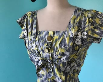 Lady Jayne - 1950's Floral Cotton Summer Bombshell Wiggle Dress