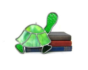 Green Turtle Stained Glass Art Window Hanging 1980s Craft Folk Vintage GS
