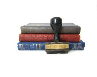 Small Vintage Rubber Stamp CREDIT MEMO Stamper Wooden Handle Scrapbooking Office Library Book Shelf Decor