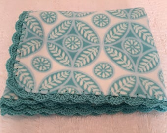 Fleece Throw with Crochet Trim, Blue and White Circles, Fleece Blanket, Crochet Trim Blanket, Fleece Lap Robe