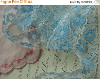 ONSALE 2 Yards of Beautiful Blue Wedding Vintage Netted Lace