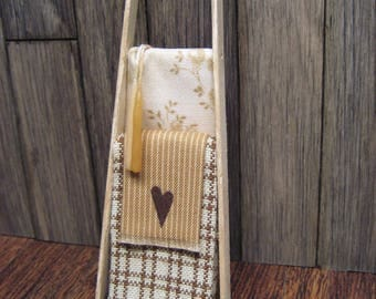 Ladder Dollhouse Miniature Country Heart Blankets Primitive Design