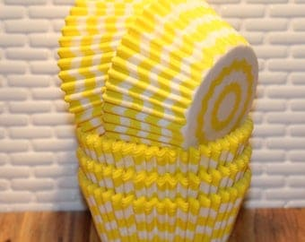 Yellow Chevron Heavy Duty Cupcake Liners (Qty 32) Yellow Chevron Cupcake Liners, Yellow Chevron Baking Cups, Cupcake Liners, Baking Cups,