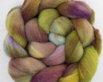 Cheviot, hand dyed roving, tops, fibre, felting materials, felting projects, spinning wool, handspinning, needle felting, fibre, wet felting