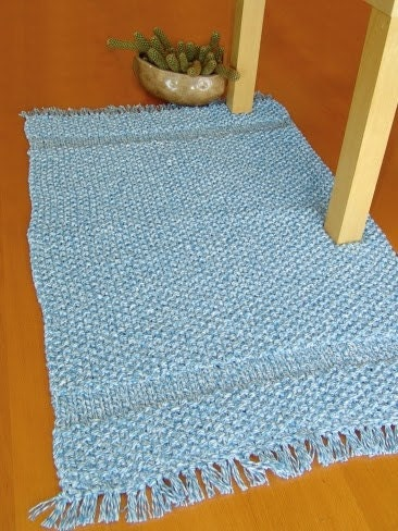 Knitting a Rug for the Home – Easy as 1-2-3!