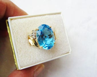 Blue Topaz Diamond 10K Gold Vintage Cocktail Ring Statement Estate Fine Jewelry Sz 6.5