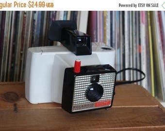 SALE 25% OFF 1960's Polaroid Swinger Model 20 Camera