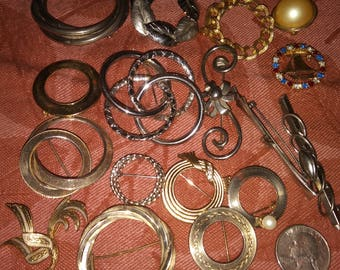 Hold for trade please do not purchase Vintage brooch bulk destash mixed lot. Resale or keep !