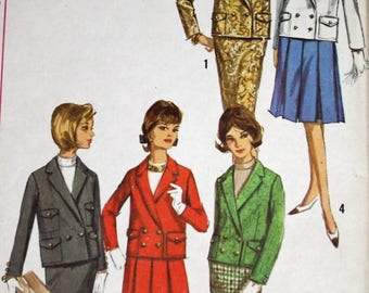 """Vintage 1960s Sewing Pattern, Simplicity 5628, Misses' Suit With Two Skirts, Misses' Size 14, Bust 34"""", UNCUT, FF"""