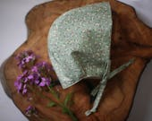 Floral Baby Bonnet | Green Floral Bonnet | Sage Green Bonnet | Baby Bonnet | Baby Girl Bonnet | Baby Hat | Modern Baby Bonnet | Toddler Hat