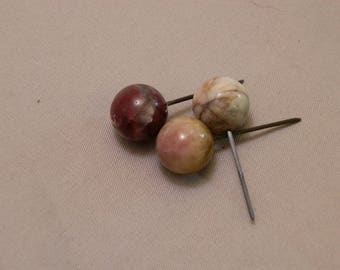 Chromatic tourmaline spheres