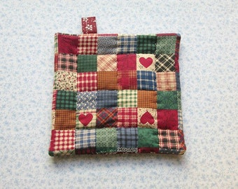 red country hearts with burgundy backs hand quilted with loop insulated potholder hot pad
