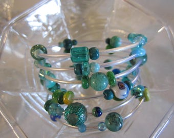 Galaxy Teal, aqua, blue memory wire bracelet