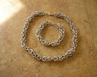 "Chainmail 7 1/4"" bracelet & 16"" choker, Bysantine birdcage weave, made with 1/4"" aluminum rings with a lobster clasp."