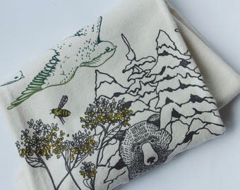 SALE 20% OFF - Organic Cotton Baby Blanket - Crib Size - Birds & Bees