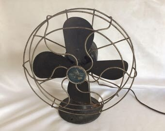 Vintage Emerson Oscillating Desk Fan