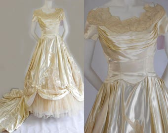 1950's Vintage William Cahill Of Beverly Hills Creamy Champagne Satin Bridal Gown TO DYE FOR!!