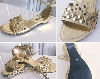 40% OFF Christmas in July Vintage Gold Studded Sandals -- Egyptian Revival Mod -- Size 9 US