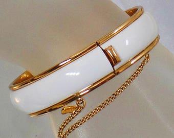 Vintage White and Gold Bracelet. Monet.  White Enamel Gold Bracelet.
