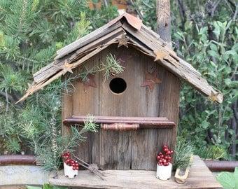 Rustic Wood Birdhouse Reclaimed Barnwood Shake Roof Indoor Outdoor Cabin Garden Decor