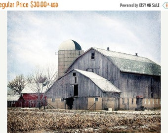 Barn Photo, Old Country Barn Photograph, Rustic Farmhouse Decor, Old Barn Photograph, Rustic Country Home Decor, Old Gray Barn
