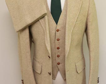 Vintage men's tan herringbone tweed 3 piece suit/ Vint men's 3 piece suit/ Charter Club