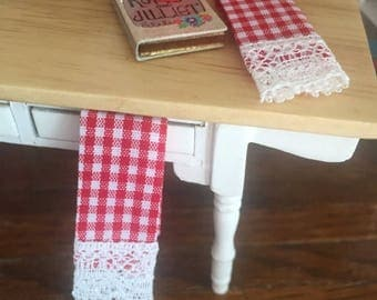 LD SALE Miniature Kitchen Dish Towels, Red and White Gingham, Lace Trimmed, Set of 2, Dollhouse Miniatures, 1:12 Scale, Dollhouse Decor Acce
