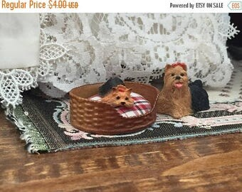 SALE Miniature Dog Bed With Fabric Cushion, Dollhouse Miniature, 1:12 Scale, Mini Pet Bed, Dollhouse Accessory, Decor, Crafts, Topper