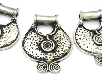 3 Pendants set  - Ethnic Tibetan tribal spiral plate shield pendant from Nepal - CP102s