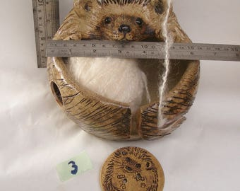 Stoneware  Hedgehog Yarn Bowl No.3 Comes With A Button Gift