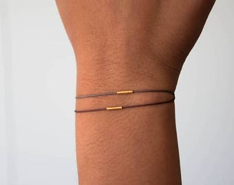 SALE Delicate Balance Bracelet in 18k solid gold, minimalist jewelry, delicate jewelry