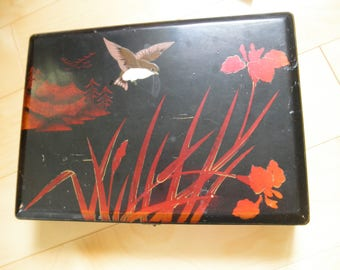 Shabby Vintage Lacquered Jewelry Box with Inlaid Abalone Birds and Flowers, Japan