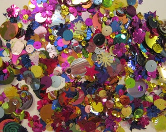 vintage sequin and spangle mix - 1/2 CUP - ASSORTED mix - cup sequins, flat sequins, stars, crescent moons, flowers, pailettes