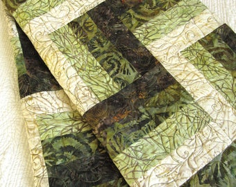Green Quilt, Homemade Quilt, Batik Quilt, Patchwork Quilt, Lap Quilts, Quilted Throw, Handmade Quilt, Sofa Quilt, Home Decor,