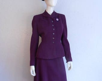 WW2 ENDS SALE It's All About the Suit My Dear - Ww2 1940s Eggplant Aubergine Virgin Wool Structured Suit - 6/8