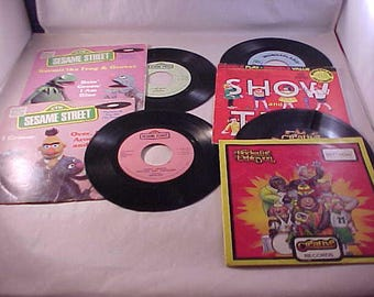 4 Childrens Record 1970s Sesame Street 45 RPM Records with Picture Sleeves Wonderland Records
