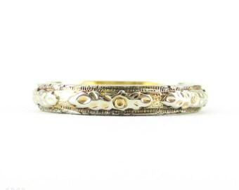 Belais Two-Tone Engraved Wedding Ring, Vintage 18k Yellow & White Gold Floral Wedding Band. Circa 1930s, Size K / 5.75.