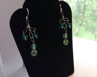 G R E E N - S I L V E R - handmade chandelier silver wire wrapped green beaded earrings