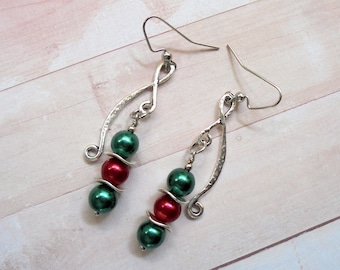 Red, Green and Silver Christmas Earrings (4054)