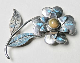 Vintage Brooch Mexican Silver Sterling Silver Vintage Taxco Mexico Green Onyx 1930s 1940s Flower Brooch Antique Jewelry Vintage Pin