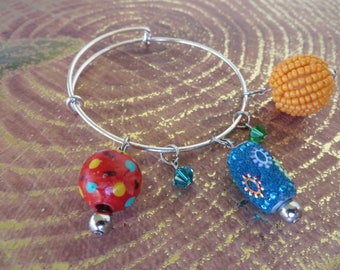 Adjustable Beaded Bangle Bracelet With Assorted Colorful Chunky Beads