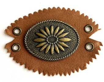 Leather Connector. Southwestern Style Leather and Bronze Connector. Suede Connector. Recycled Vintage Finding. Unique Finding. 87mm x 63mm