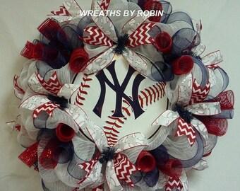 ON SALE New York Baseball Wreath, Yankees Baseball Wreaths, Sports Wreaths, Baseball Wreaths
