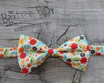 Retro floral bow tie for little boys - photo prop, ring bearer, wedding