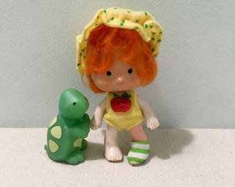 Vintage Strawberry Shortcake Doll Apple Dumplin' With Tea Time Turtle