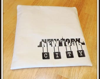 New York skyline cosmetic bag, NYC bag, charger bag, city cosmetic bag, personalized bag, electronics bag, teacher gift, bridal party gift