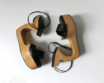 Carved Wood and Leather Wedge High Heels // Vintage Open Toe Platforms with Ankle Straps // Women's Shoe Size 6.5 - 7